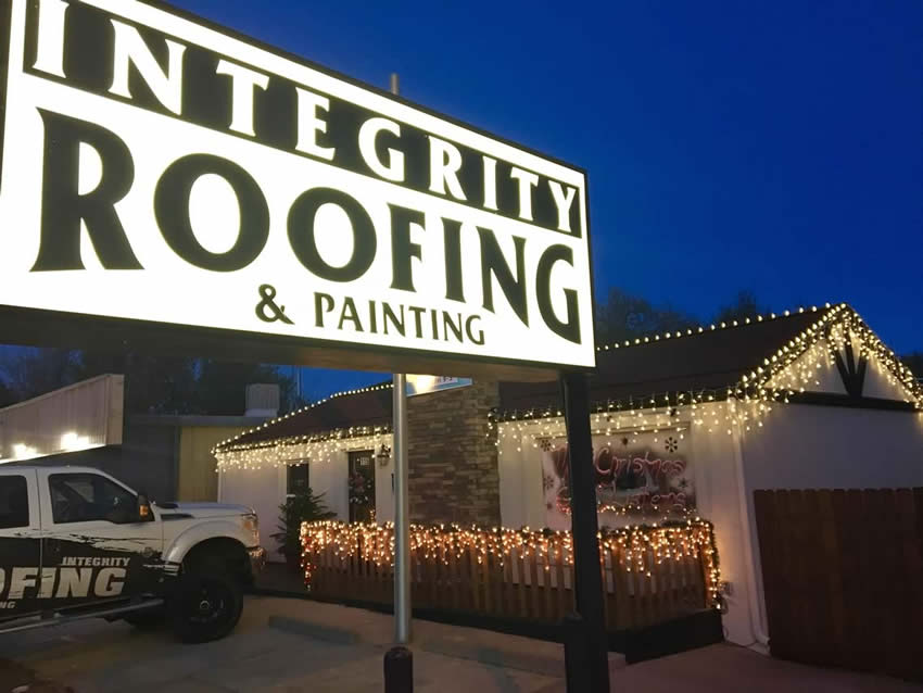 Integrity Roofing & Painting Christmas party lights